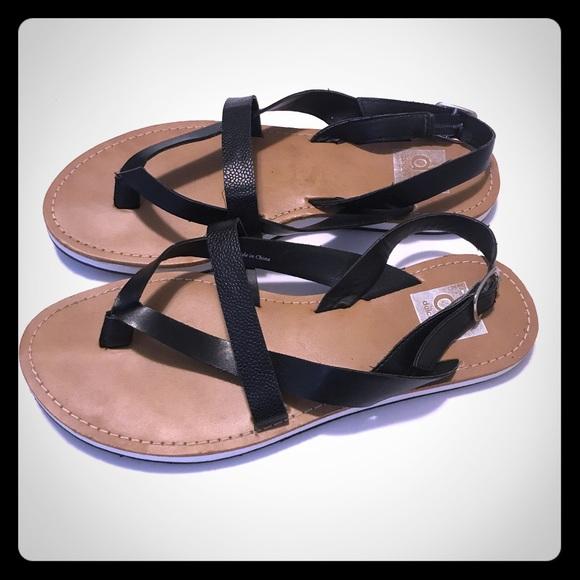c7e8e9ce370a DV by Dolce Vita Shoes - DV by Dolce Vita Women s Thong Sandal
